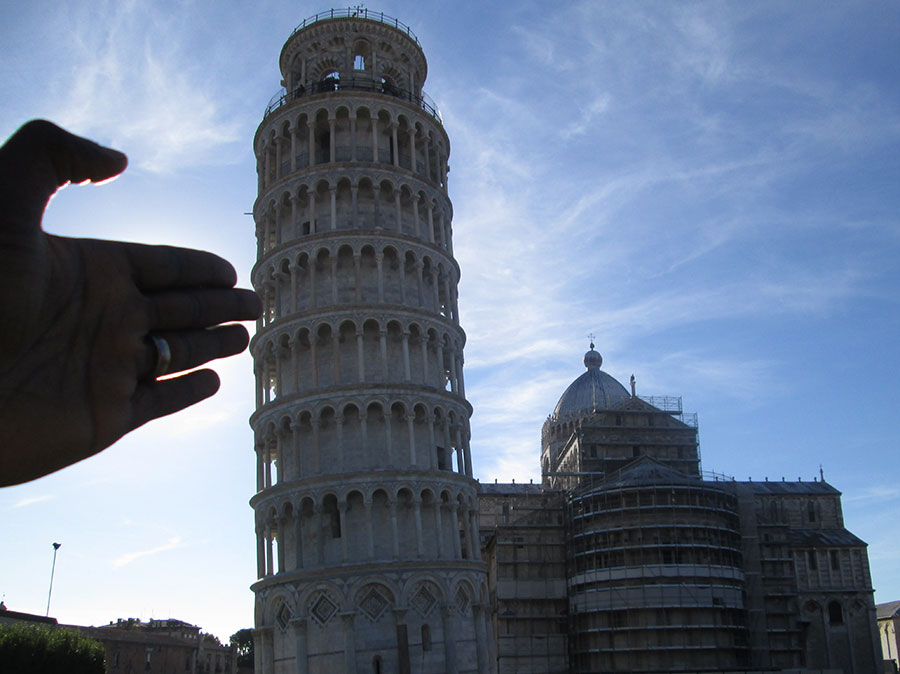 Leaning-Tower-of-Pisa-Chronos-Studeos-Italy-Featured-1