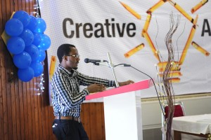 ajayi-opeyemi-during-his-portfolio-presentation-300x200