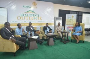 chronos-studeos-at-real-estate-outlook-2017-event-exhibition-hassan-anifowose-speaks-3-300x199
